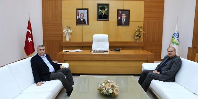 AK Parti Sakarya Milletvekili Prof. Dr. Mustafa İsen Başkan toçoglunu ziyaret etti.